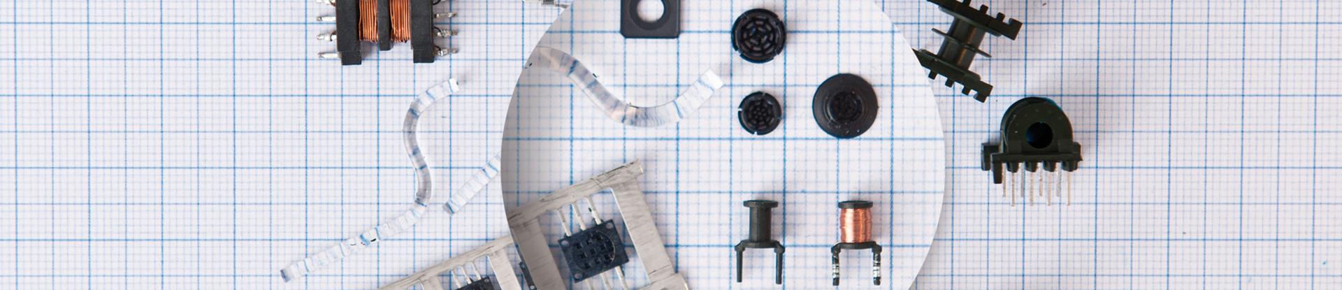 Kunststoffteile und Induktivitäten in Mikropräzision